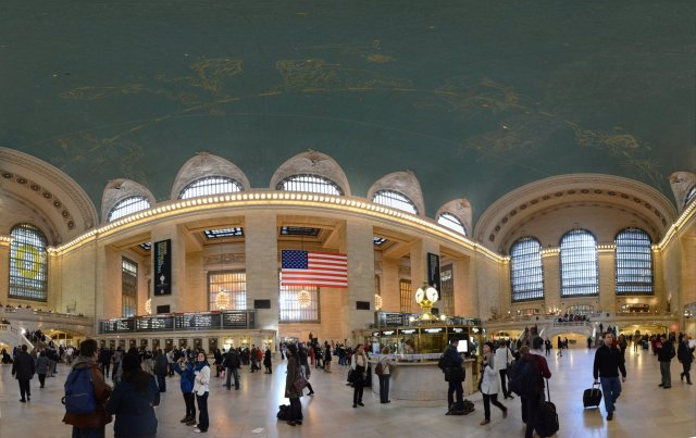 Grand Central Station . New York