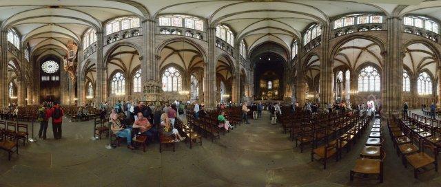 Straßburg: Münster Kirchenschiff