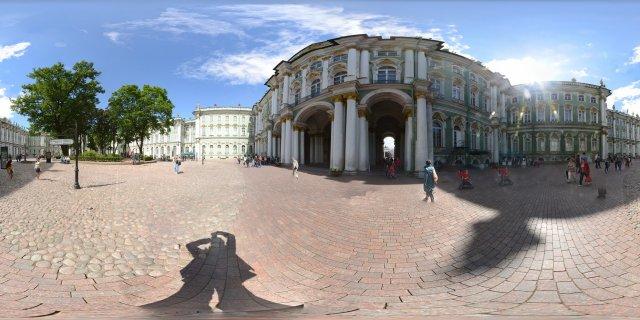 St. Petersburg - Im Innenhof des Winterpalastes