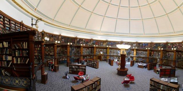 Die restaurierte Lesehalle in der Library of Liverpool
