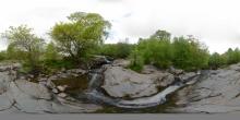 Aira Beck oberhalb des Wasserfalls